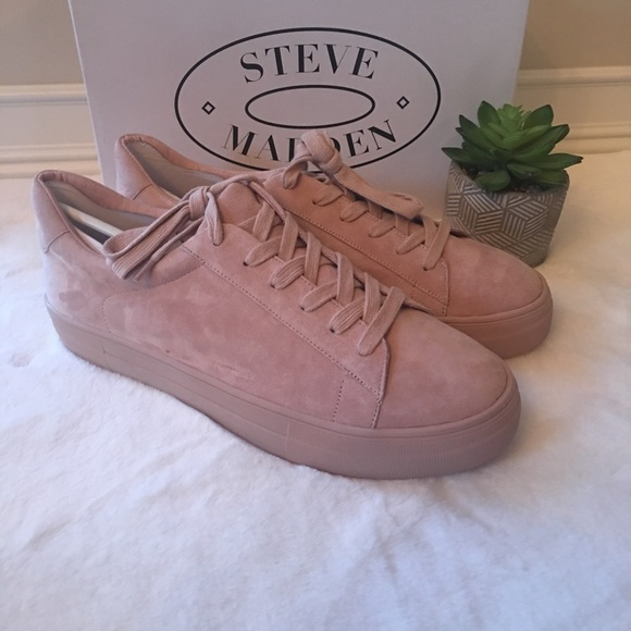 16cd7ca68ae New in Box Steve Madden Gisela Suede Sneakers NWT